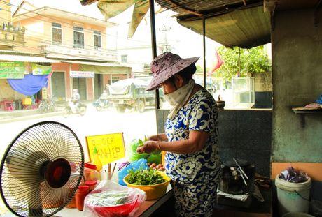 Nguoi dan song kho vi du an Cai thien moi truong nuoc TP Hue - Anh 2