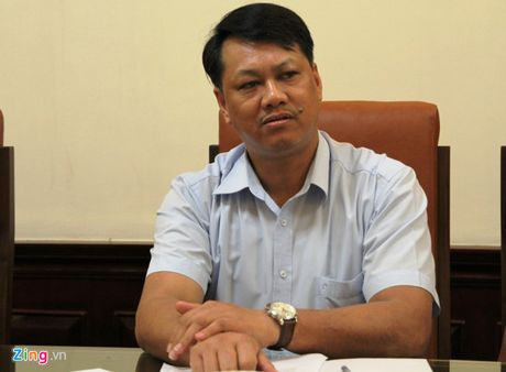 Quan Thanh Xuan bac tin 'goi cong an ra trong xe de an bun' - Anh 1