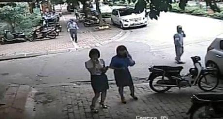 Quan Thanh Xuan len tieng chinh thuc vu 'lum xum' cua ba Pho Chu tich Le Mai Trang - Anh 1