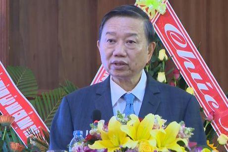 Thuong tuong To Lam: Can ra soat, dieu chinh chinh sach de thu hut dau tu vao Tay Nguyen - Anh 1