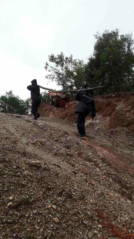 MobiFone khang dinh dam bao lien lac thong suot cho khach hang trong bao so 2 - Anh 3