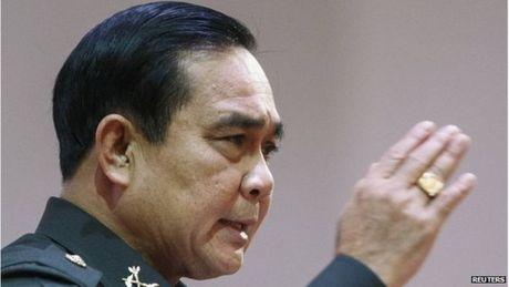 Xet xu Yingluck, phe quan doi Thai khong diet duoc nha Thaksin - Anh 2