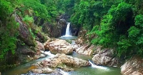 Kham pha thac Chenh Venh - Quang Tri - Anh 1