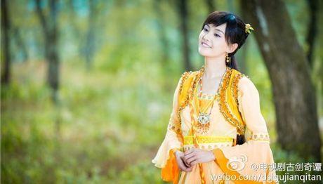 Muc cat-xe khung cua my nhan Hoa ngu Pham Bang Bang, Chu Tan, Trieu Le Dinh - Anh 8