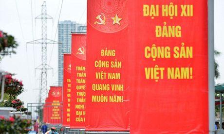 Gop y xay dung Dang: Can co che tiep thu va phan hoi thong tin - Anh 1