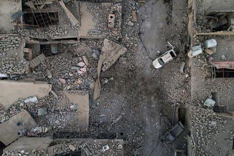 'Con duong phia truoc Iraq van con gian nan' sau chien thang Mosul - Anh 1