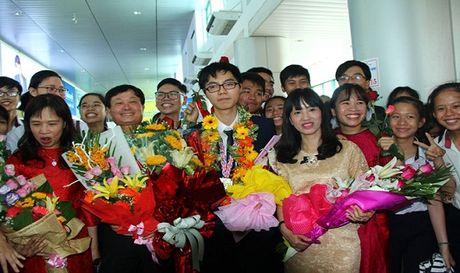 Nong nhiet chao don chu nhan HCV Olympic Sinh hoc quoc te - Anh 1