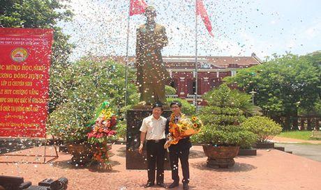Nong nhiet chao don chu nhan HCV Olympic Sinh hoc quoc te - Anh 2