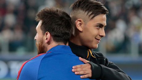 Diem tin chieu 05/08: Juve ra yeu sach vu Dybala; Conte soi mau vi Costa - Anh 1