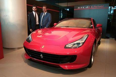 Sieu xe 4 cho Ferrari GTC4Lusso 'dat lop' toi An Do - Anh 1