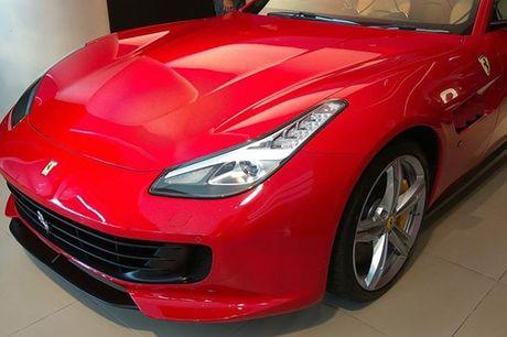 Sieu xe 4 cho Ferrari GTC4Lusso 'dat lop' toi An Do - Anh 5
