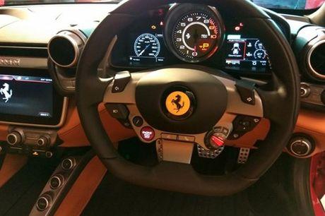 Sieu xe 4 cho Ferrari GTC4Lusso 'dat lop' toi An Do - Anh 7