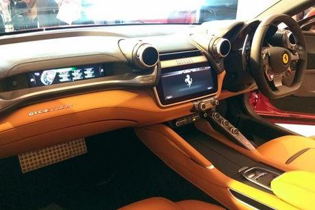 Sieu xe 4 cho Ferrari GTC4Lusso 'dat lop' toi An Do - Anh 8