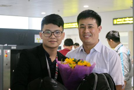 Don doan Olympic Tin hoc chien thang tro ve - Anh 2