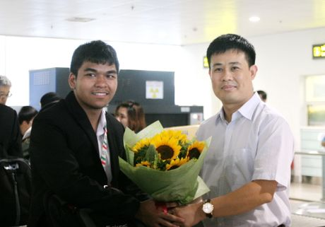 Don doan Olympic Tin hoc chien thang tro ve - Anh 4