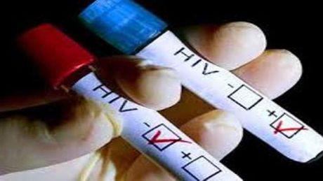 Gia tang nguoi nhiem HIV tai nhieu dia phuong - Anh 1