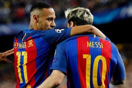 Hanh trinh 18 ngay bien 'bom tan' Neymar tu tin don thanh su thuc - Anh 1