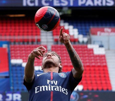 Nhan toi 26 trieu bang Anh/nam, Neymar van chi la cau thu luong cao thu 2 the gioi - Anh 2