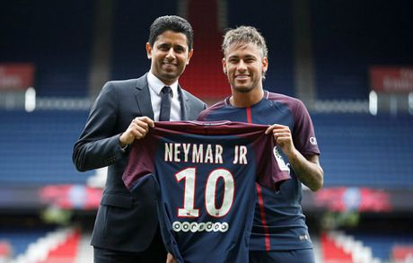 'Bom tan' Neymar - PSG: Choang voi tam sec 222 trieu euro - Anh 1