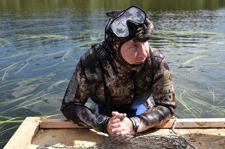 Tong thong Putin coi tran nghi mat tai Siberia - Anh 2