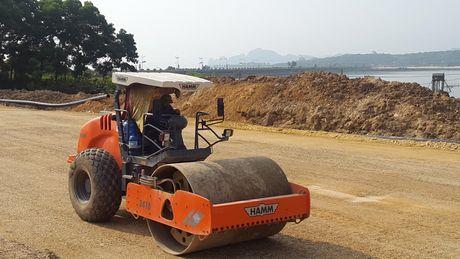 Quang Ninh: Xay dung dai lo nhieu lan xe nhat Viet Nam - Anh 1
