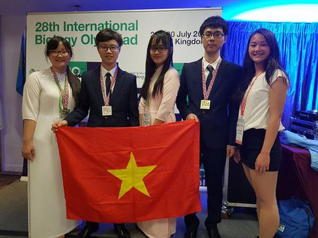 Co gai duy nhat dat HCB mon Sinh Olympic 2017: Tich luy de doi mau huy chuong - Anh 3