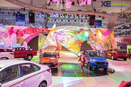 Toyota phat co 'khoi nghia' tai Vietnam Motor Show 2017 - Anh 1