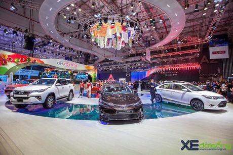 Toyota phat co 'khoi nghia' tai Vietnam Motor Show 2017 - Anh 7