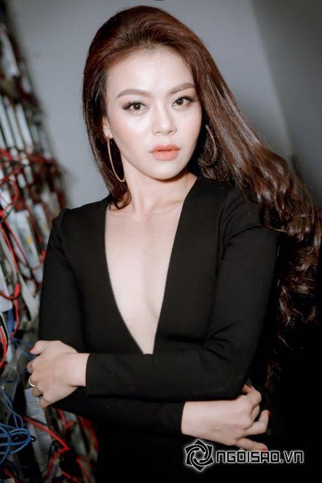Tung bat khoc, 'ton thuong' vi bi che beo, nhan sac cua ca si Hai Yen gio ra sao? - Anh 8