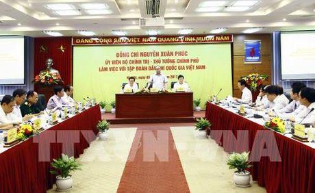 Thu tuong Nguyen Xuan Phuc: Xay dung PVN thanh tap doan lon phat trien ben vung - Anh 1