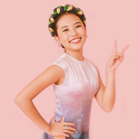 Nhung scandal tung 'deo dang' Phuong My Chi trong 4 nam ca hat - Anh 1