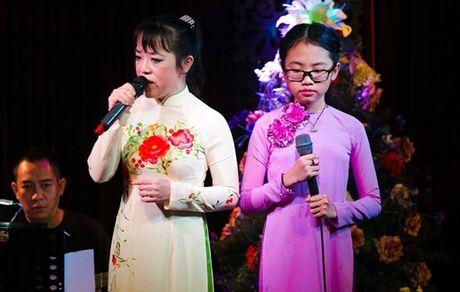 Nhung scandal tung 'deo dang' Phuong My Chi trong 4 nam ca hat - Anh 5