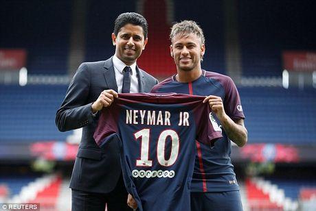 Neymar rang ro trong mau ao Paris SG - Anh 2