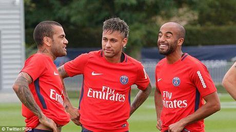 Neymar rang ro trong buoi tap dau tien cung PSG - Anh 4