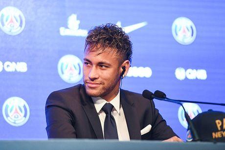Neymar rang ro trong buoi tap dau tien cung PSG - Anh 8