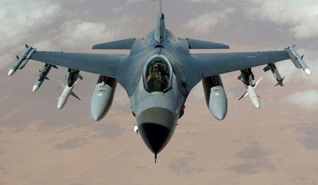 An Do phu nhan thong tin mua chien dau co F-16 cua My - Anh 2