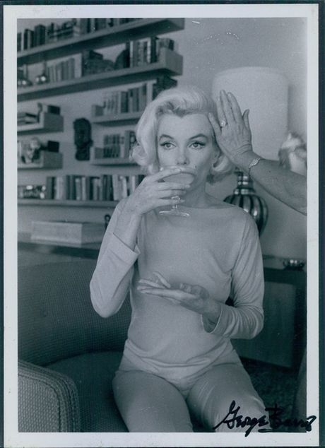 Tap chi Vanity Fair bi kien tien trieu USD vi dang anh Marilin Monroe truc loi - Anh 19