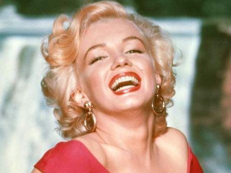 Tap chi Vanity Fair bi kien tien trieu USD vi dang anh Marilin Monroe truc loi - Anh 2