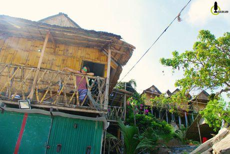 Kham pha bai tam dep lung linh, an tom hum gia 'beo' bac nhat Viet Nam - Anh 8