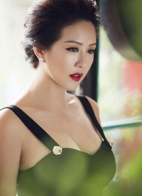 Nga ngua vi muc luong Ngoc Trinh, Hoa hau Thu Hoai tra cho nhan vien - Anh 11