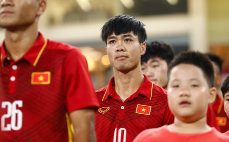 HLV Huu Thang xu ly 'su co', U22 Viet Nam hanh xac - Anh 3