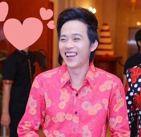 Hoai Linh nhan cat-xe tien ty Guong mat than quen, fan 'day song'? - Anh 1