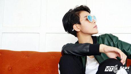Vu Cat Tuong hat hit 'Nam lay tay nhau' cua My Tam - Anh 2