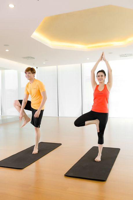 Truong Quynh Anh bat cuoi voi tuong yoga 'la' cua Tim - Anh 6