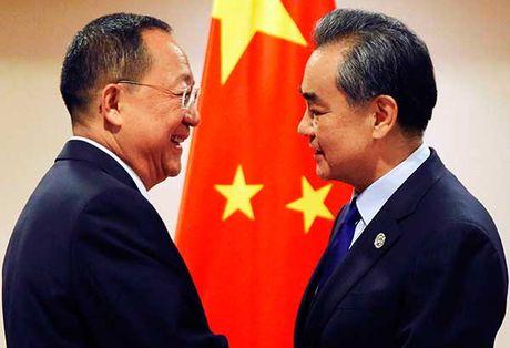 Trung Quoc dang ep hay dang ninh Trieu Tien? - Anh 1