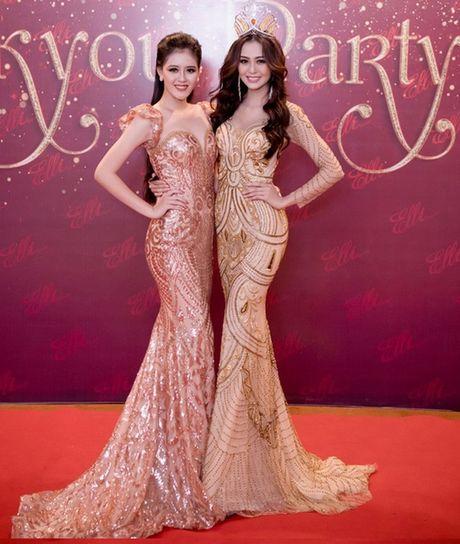 Hoa khoi Nam Bo Hai Yen lien tuc thay vay long lay trong dem tiec - Anh 8