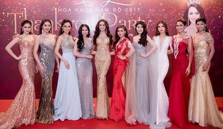 Hoa khoi Nam Bo Hai Yen lien tuc thay vay long lay trong dem tiec - Anh 13