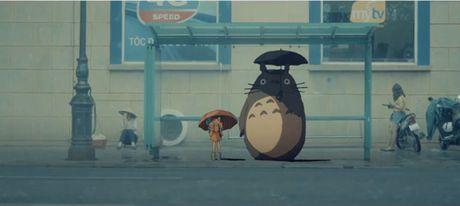 Bat ngo cac nhan vat hoat hinh Ghibli do bo khap pho phuong Ha Noi - Anh 3