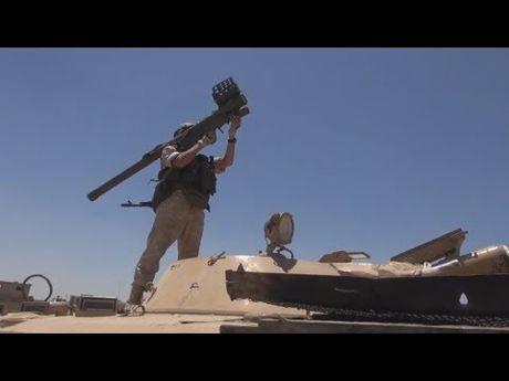 Nga trang bi ten lua hien dai cho quan doi Syria bao ve bau troi Damascus - Anh 1