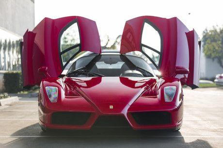 Ngam ve dep bi hiem cua Ferrari Enzo den bong - Anh 5